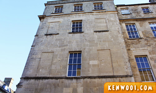 bath window tax
