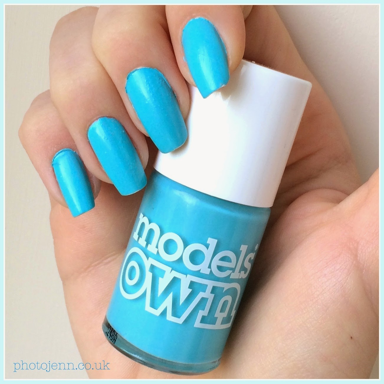 new-shades-models-own-polish-for-tans-2015-turquoise-sea-blue