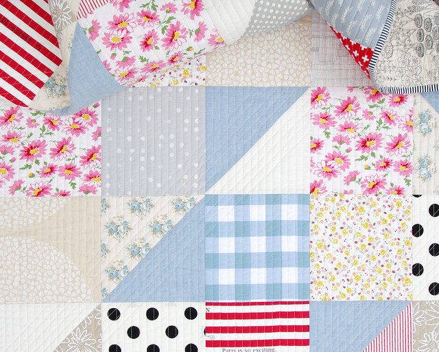 Modern Big Block Half Square Triangle Quilt | Red Pepper Quilts - January 2016