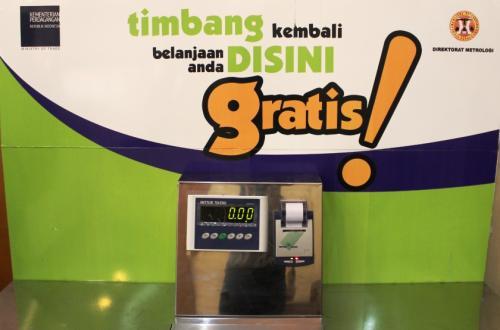 makalah perlindungan konsumen Kata kunci: hukum perlindungan konsumen, makalah perlindungan konsumen, artikel perlindungan konsumen, tujuan perlindungan konsumen, asas perlindungan konsumen.