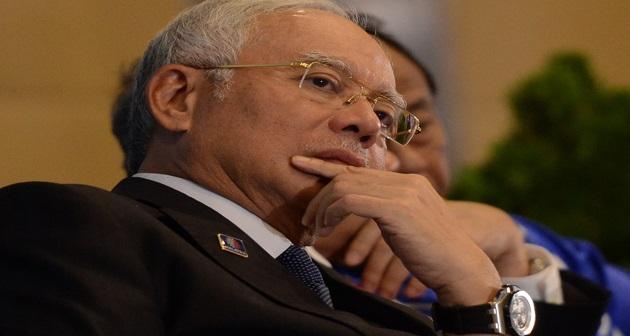"""""""Tak Masuk Syurga Kalau Solat Tapi Memfitnah"""" – Najib Razak"""