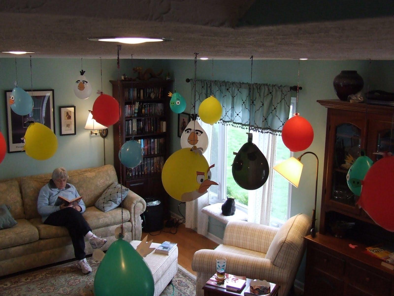 Angry Birds Birthday Party Balloons Idea