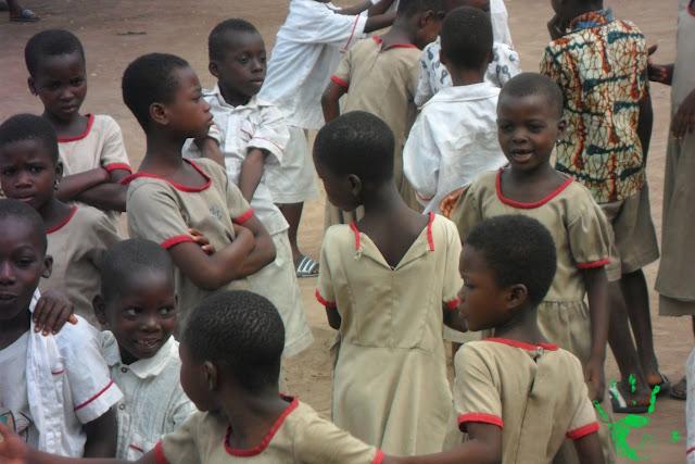 Scuola primaria in Togo, bambini promossi e bocciati
