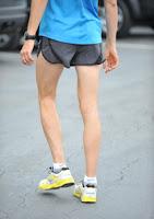 スコット・ジュレクの脚も細い
