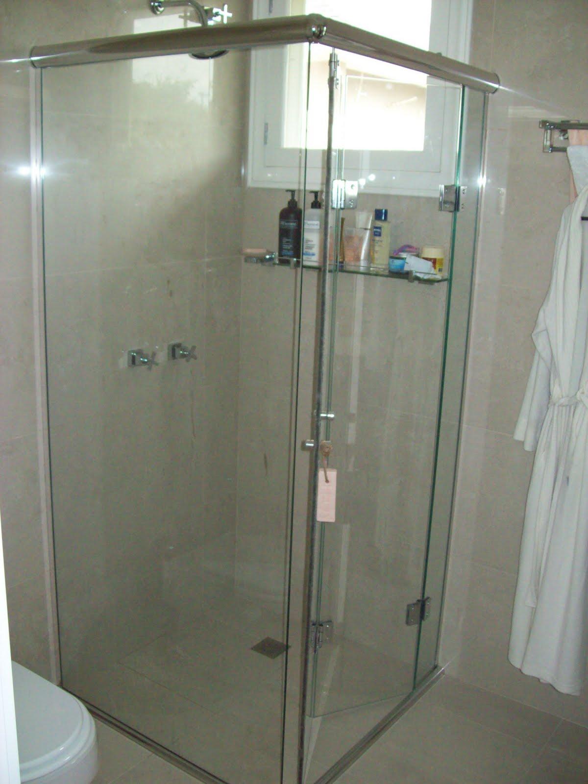Postado por Vidraçaria Reformarte às 18:48 #496765 1200x1600 Banheiro Box De Canto