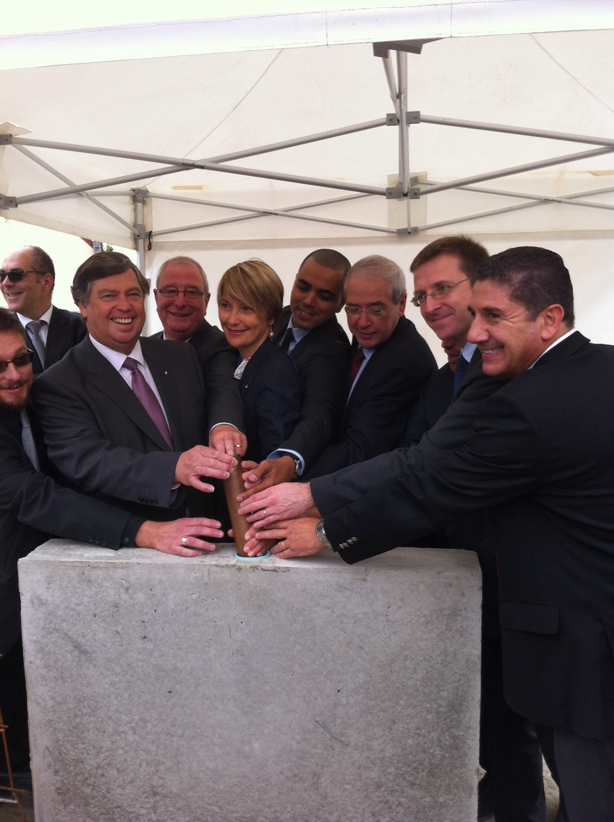 Première pierre  commissariat Vernouillet