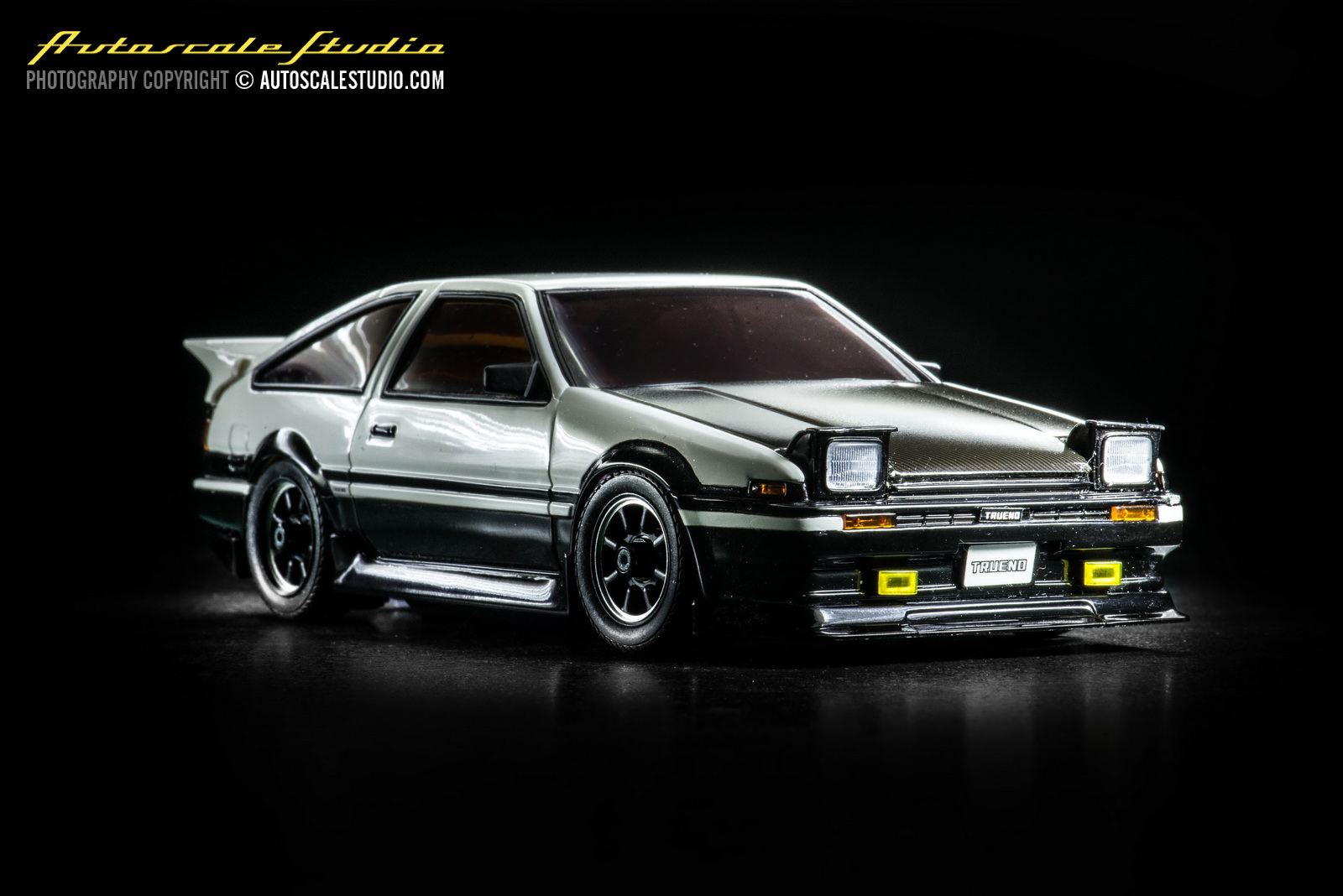 mzp410cw toyota sprinter trueno ae86 panda carbon bonnet. Black Bedroom Furniture Sets. Home Design Ideas