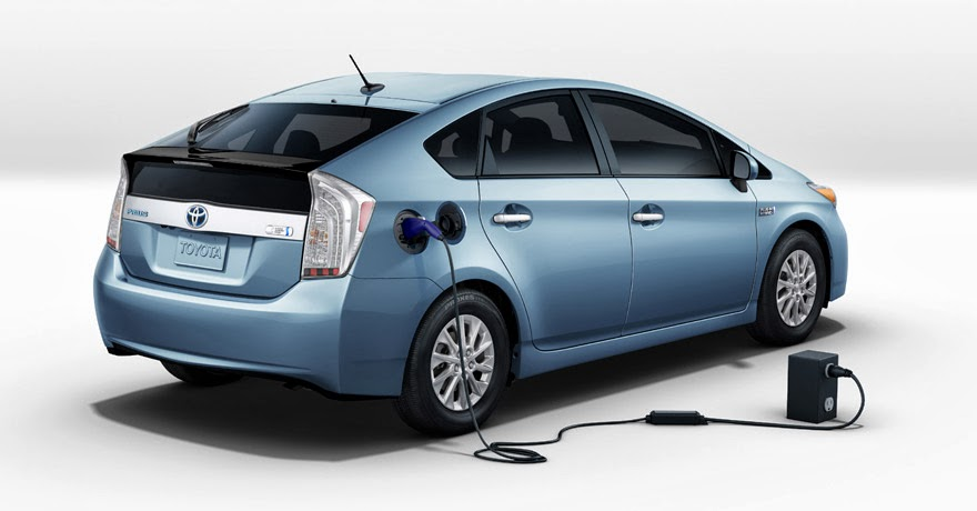 electric toyota prius plug in. Black Bedroom Furniture Sets. Home Design Ideas