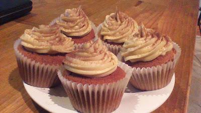 Christmas cupcake baking