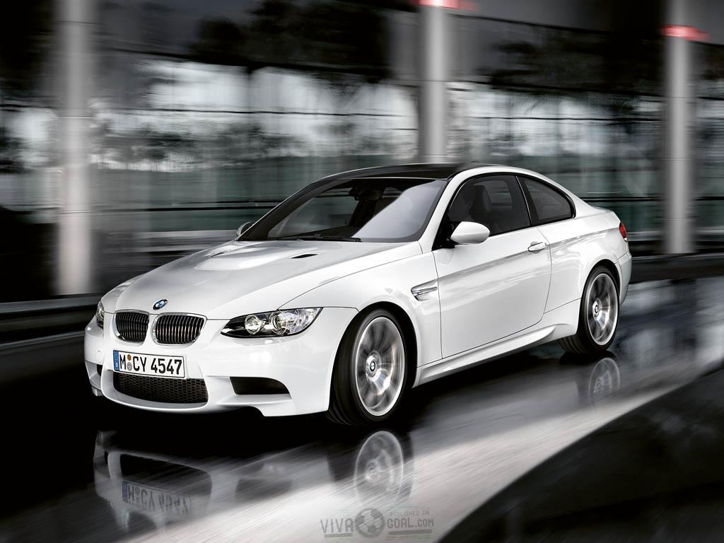 http://1.bp.blogspot.com/-lzam0y0JuQo/TfO4IZgyXuI/AAAAAAAAC8E/Hh0OY573LeQ/s1600/BMW-M3-Wallpaper-2.jpg