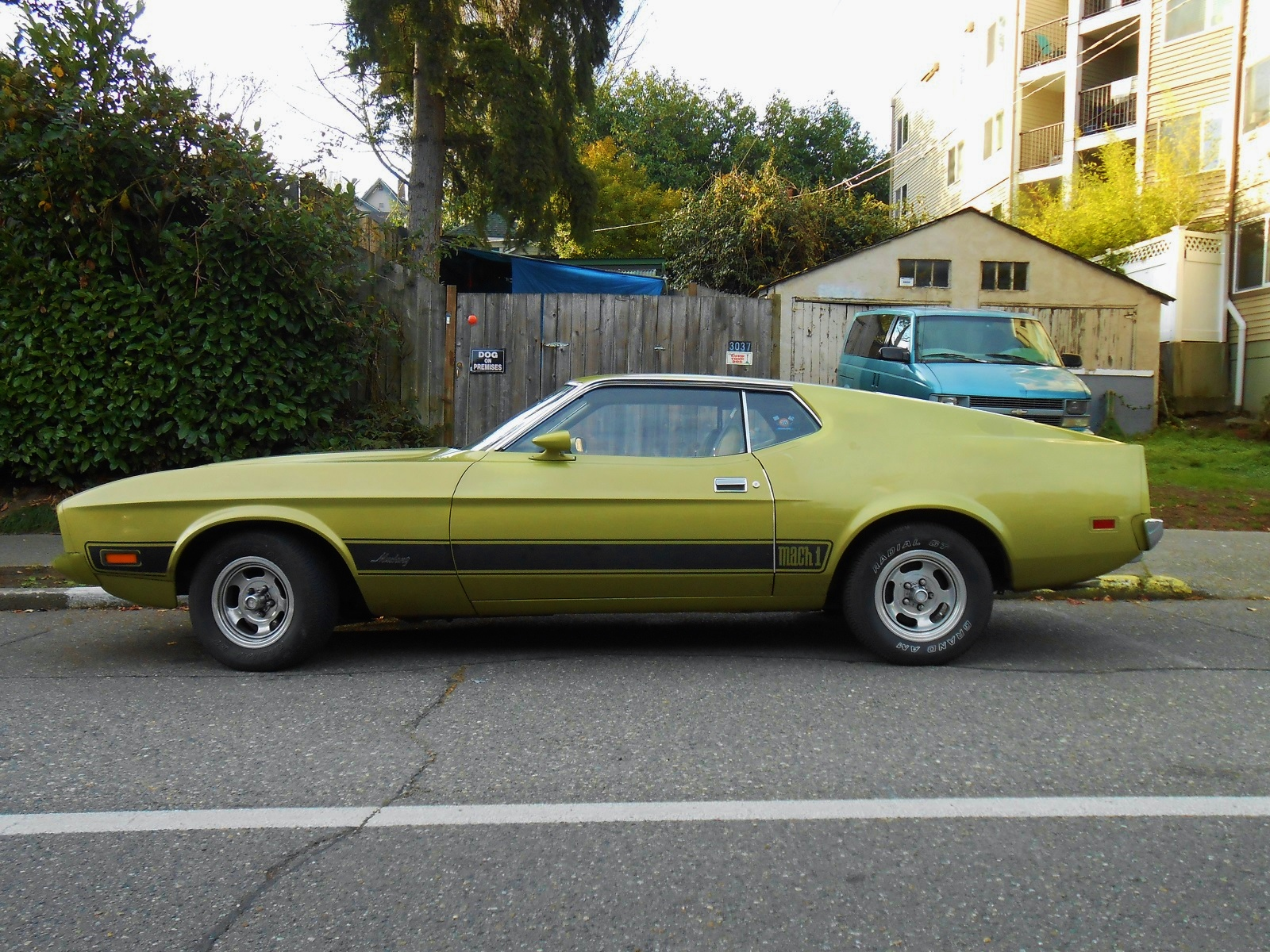 Seattle S Parked Cars 1973 Ford Mustang Mach 1