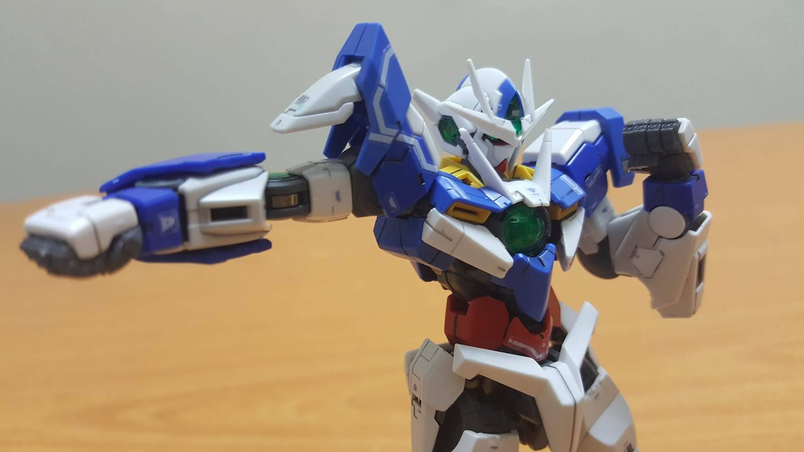 Rg 1 144 Gundam 00 Qant Review Blog Bandai Hgoo Gnt 0000 Qanta The Articulation For Is Damn Good And Also Rock Solid Usually I Personally Didnt Like Kit Its Fragile Ness But Qan T