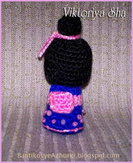 вязанная кукла кокэси Томико