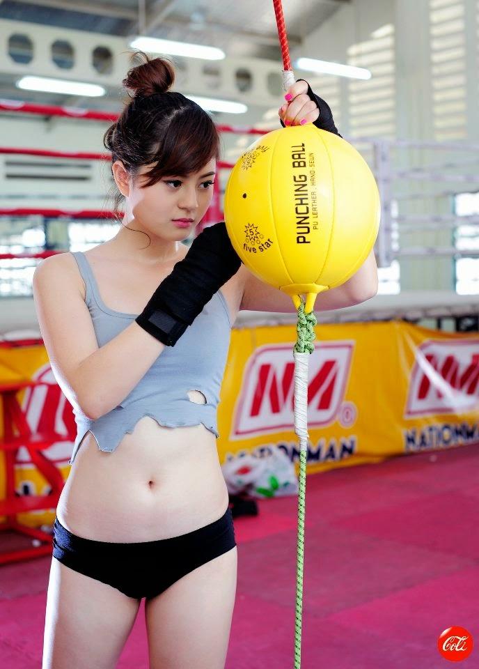 Hotgirl Châu Dương sexy với trang phục boxing 5