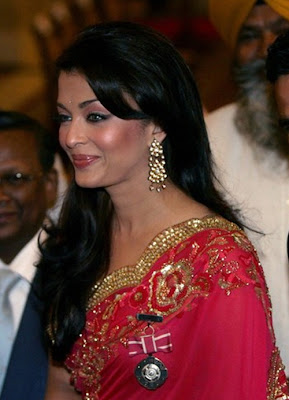 Aishwarya Rai In Red Saree