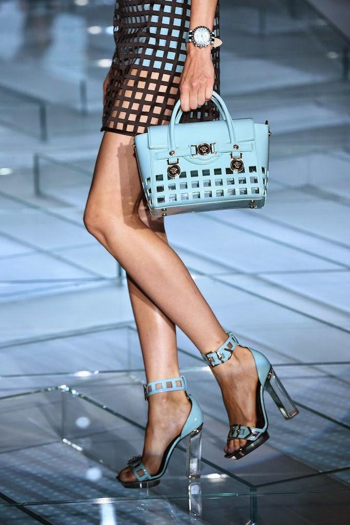 Mala e sapatos - Versace primavera verão 2015