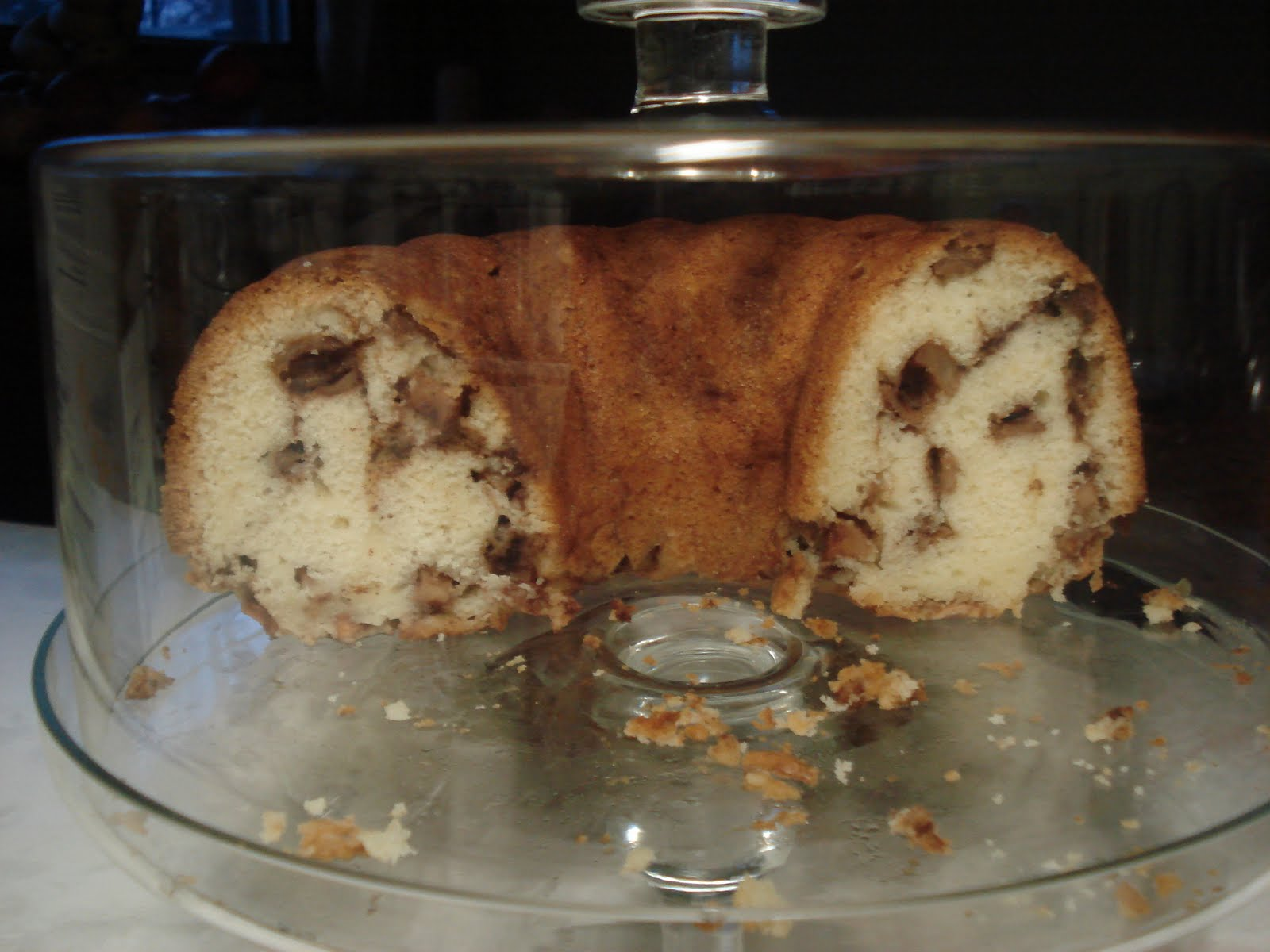 Mennonite Girls Can Cook: Apple Coffee Cake