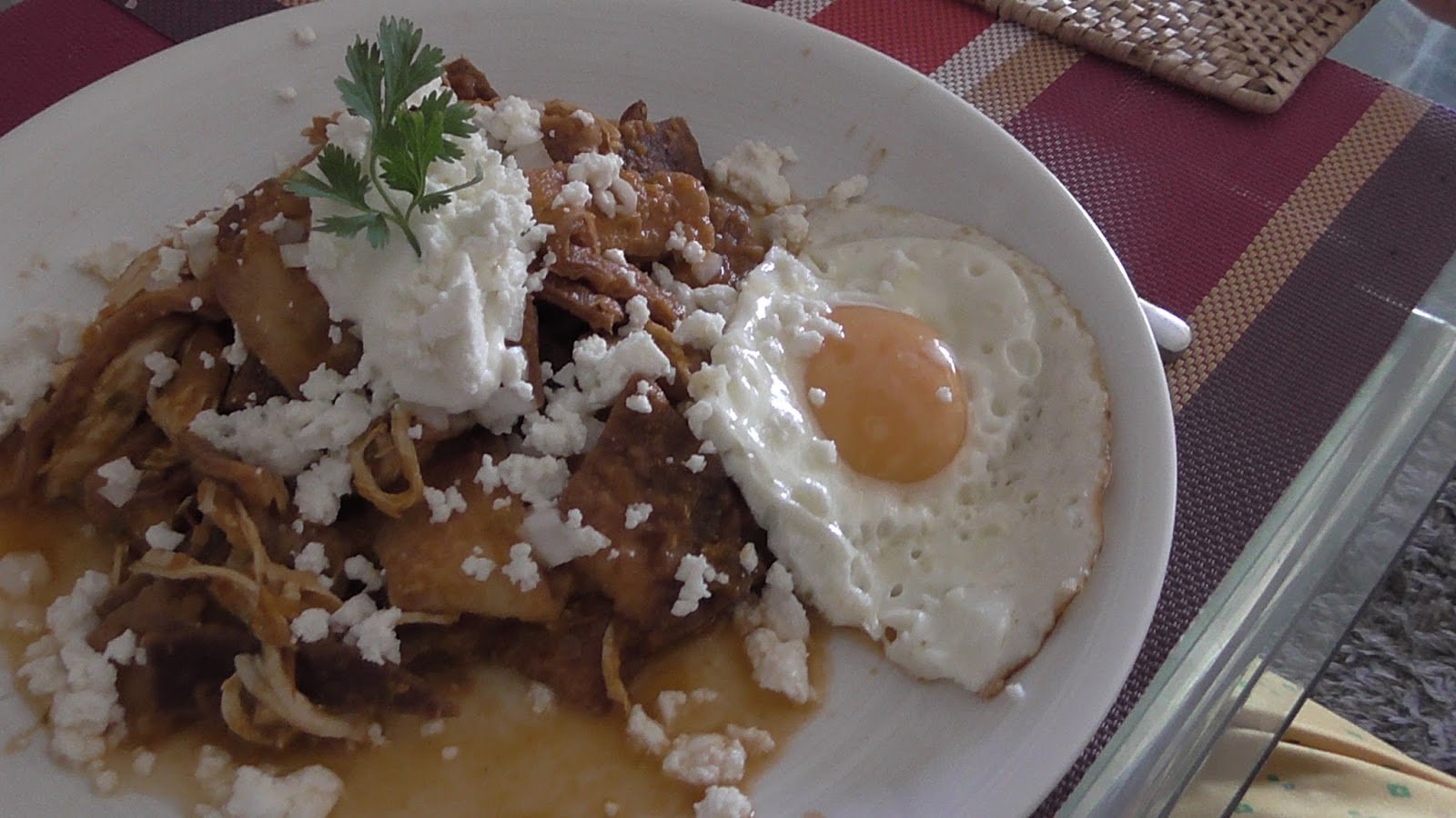 how to make chilaquiles rojos