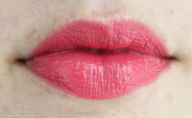 "And my lips go ""Pinkadilly Circus"""