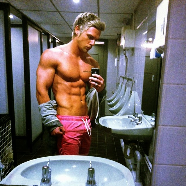 Joss Mooney bulge