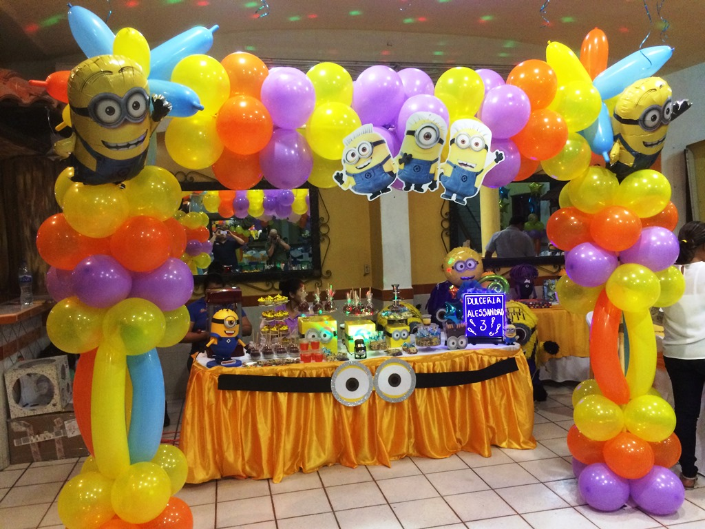 Top decoracion con globos de minions wallpapers - Decoracion de globos ...