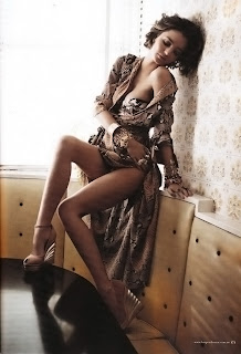 Miranda Kerr Nude and Sexy Harper's Bazaar Australia photoshoot