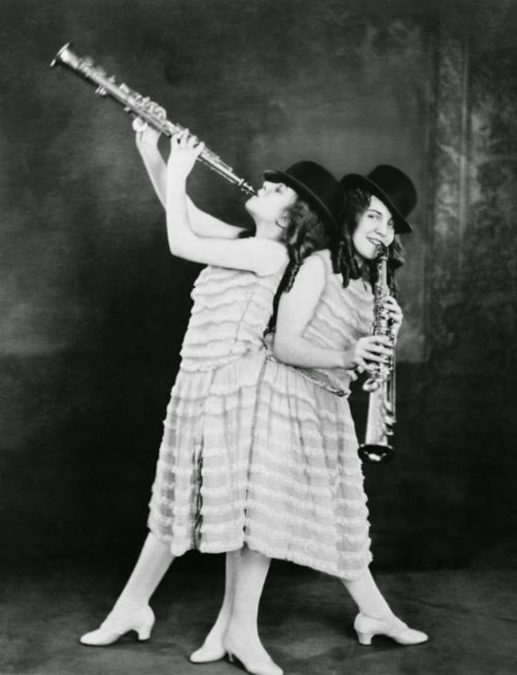 Violet and Daisy Hilton