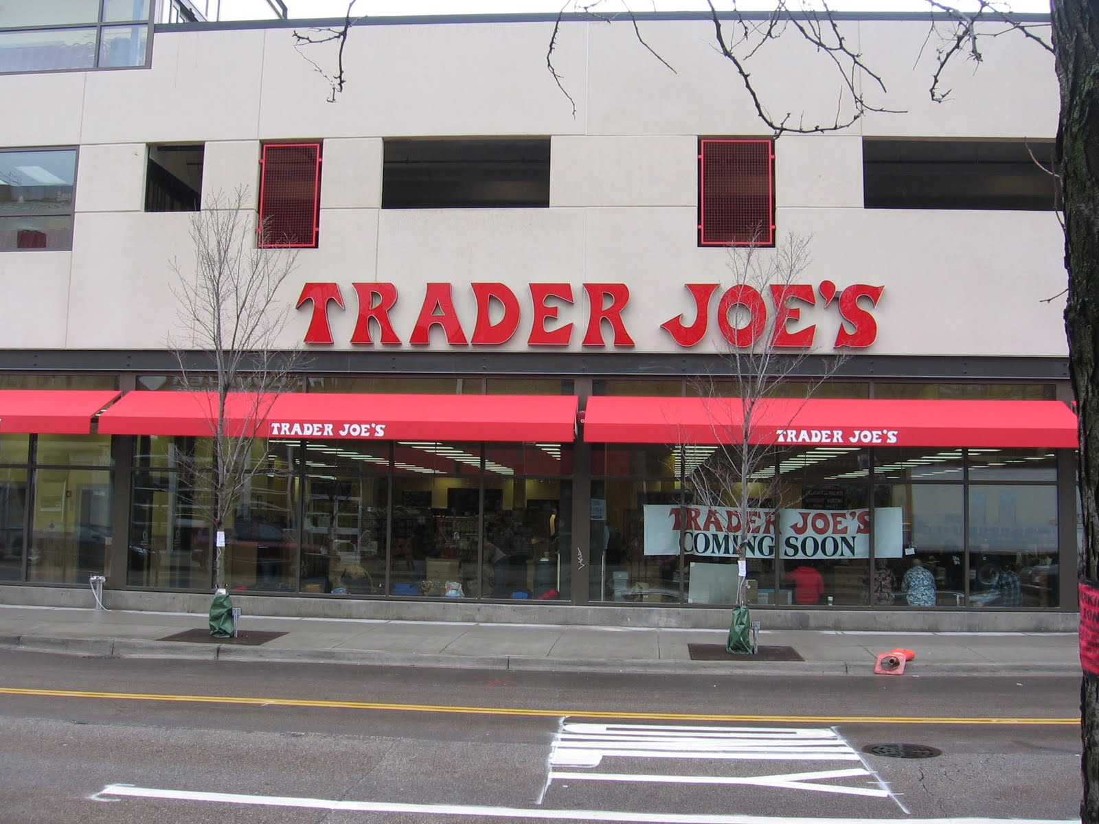 Lincoln Park Trader Joes Almost Open Investment Banking Blog Articles