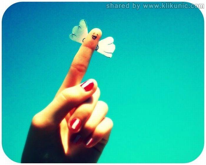 http://1.bp.blogspot.com/-m-mRkLfDmu0/TXnjdg1P36I/AAAAAAAAQ4w/d8TzrTTHJR8/s1600/finger_01.jpg
