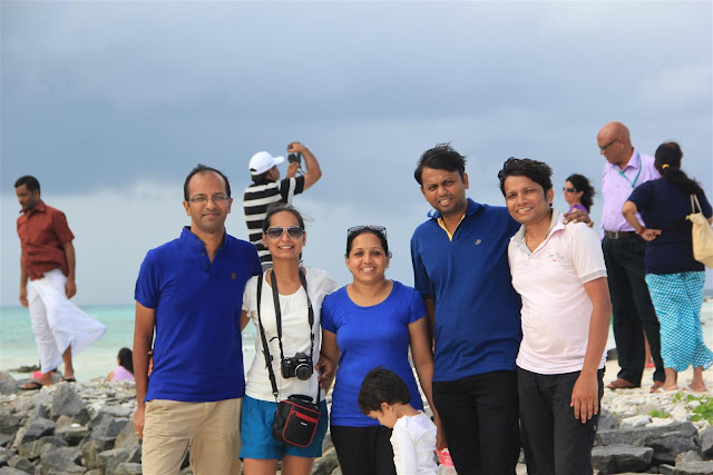 Nikhil, Me, Preeti, Taashi, Parth, Pramod
