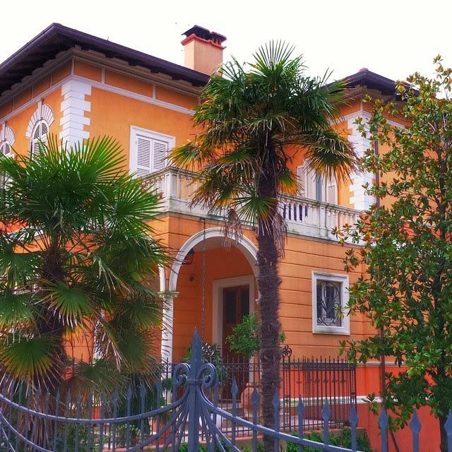 Colorful Italian Villa in Pesaro, Italy