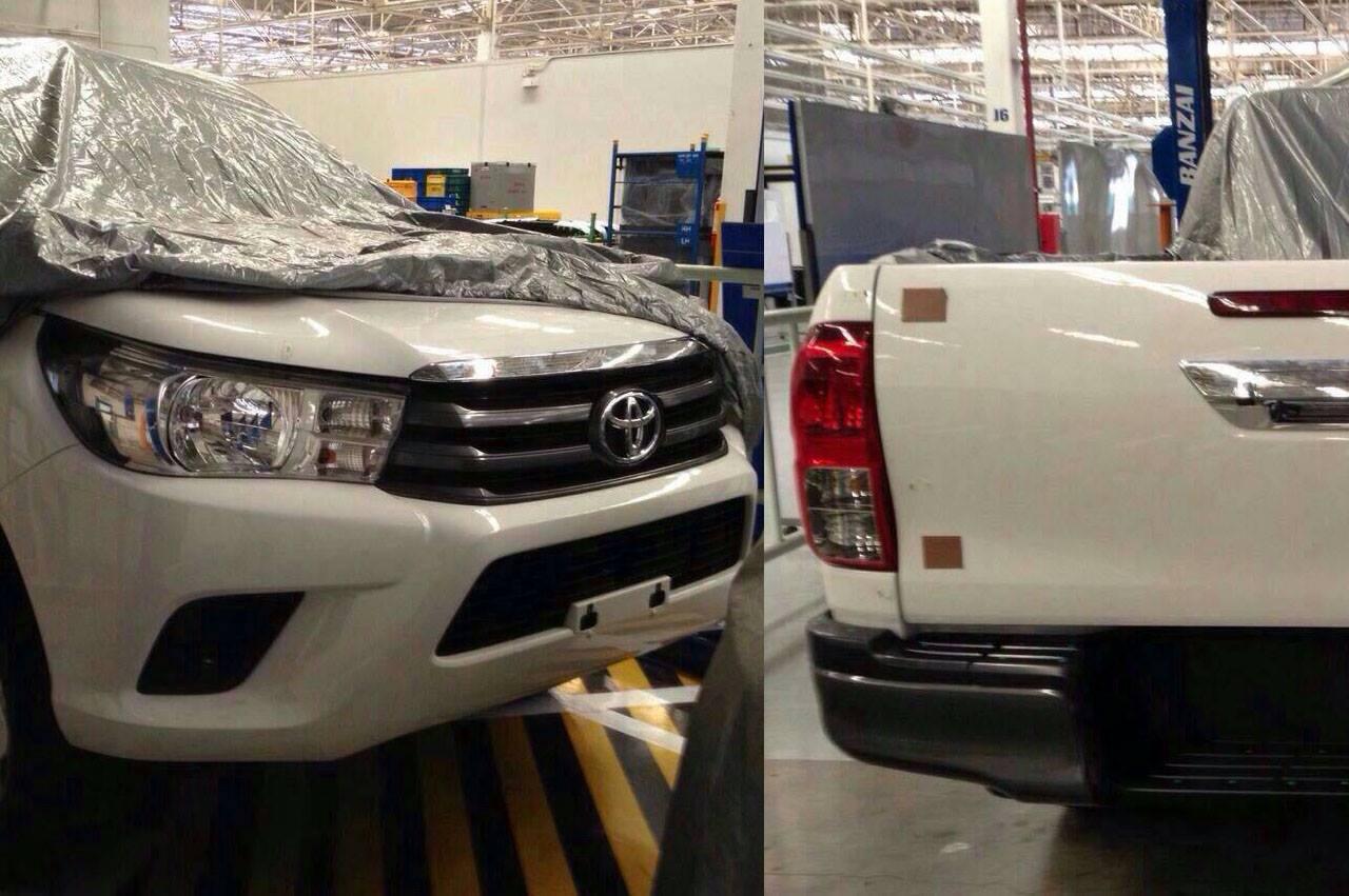 2015 - [Toyota] Hilux 2015-Toyota-Hilux-1