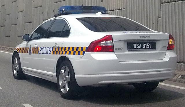 Polis Volvo