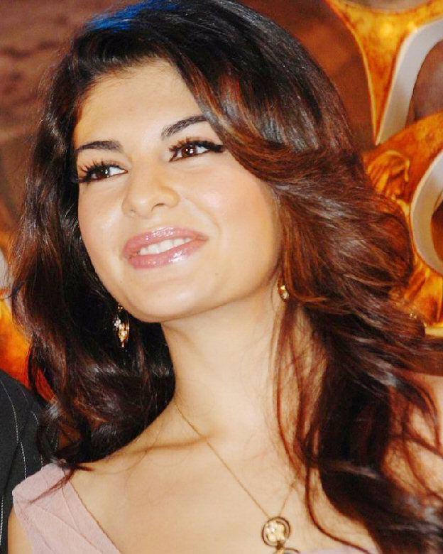 Jacqueline Fernandez Latest Pics | Hindi Tamil Malayalam Telugu Movie ...