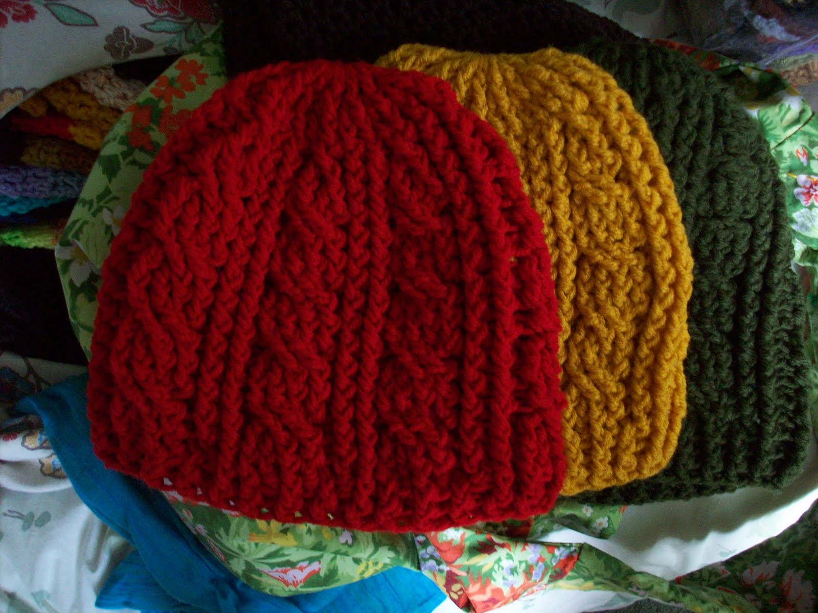 Empress Anne\'s Creations: New Crochet Cable Beanies!!