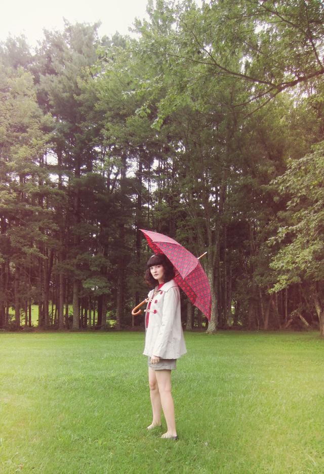 Dainty June duffle coat and umbrella