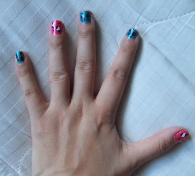 Blue And Pink Cheetah Print Accent Spill The Beauty
