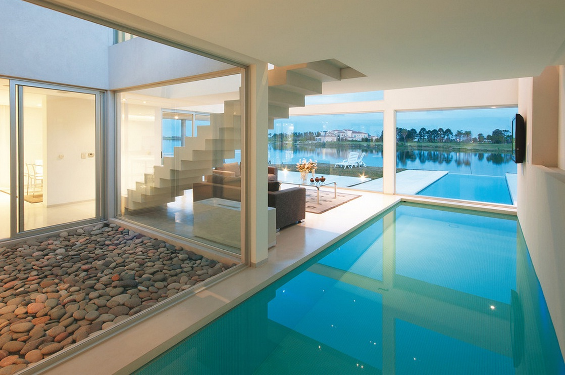 Proyectotal septiembre 2013 for Modern house designs with indoor pool