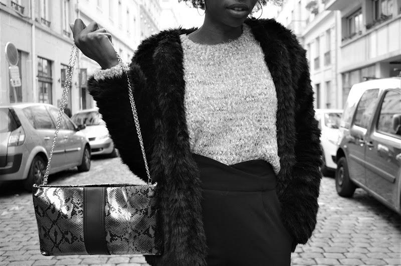 look-manteau-fourrure-noir-pimkie