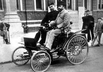 primer seguro coches historia