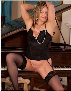 Sexy Adult Pictures - rs-s022-779942.JPG