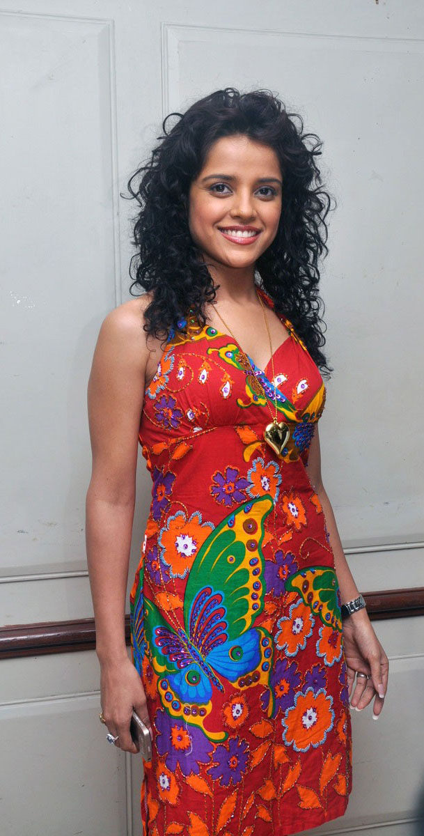 Piaa Bajpai Rangam Movie Actress Latest Stills