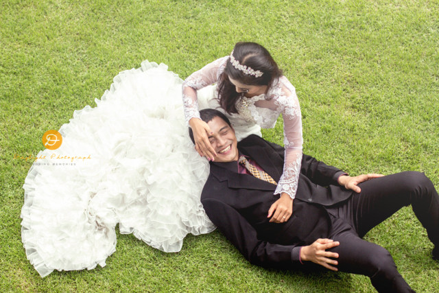 foto pre wedding outdoor Aang Vhe