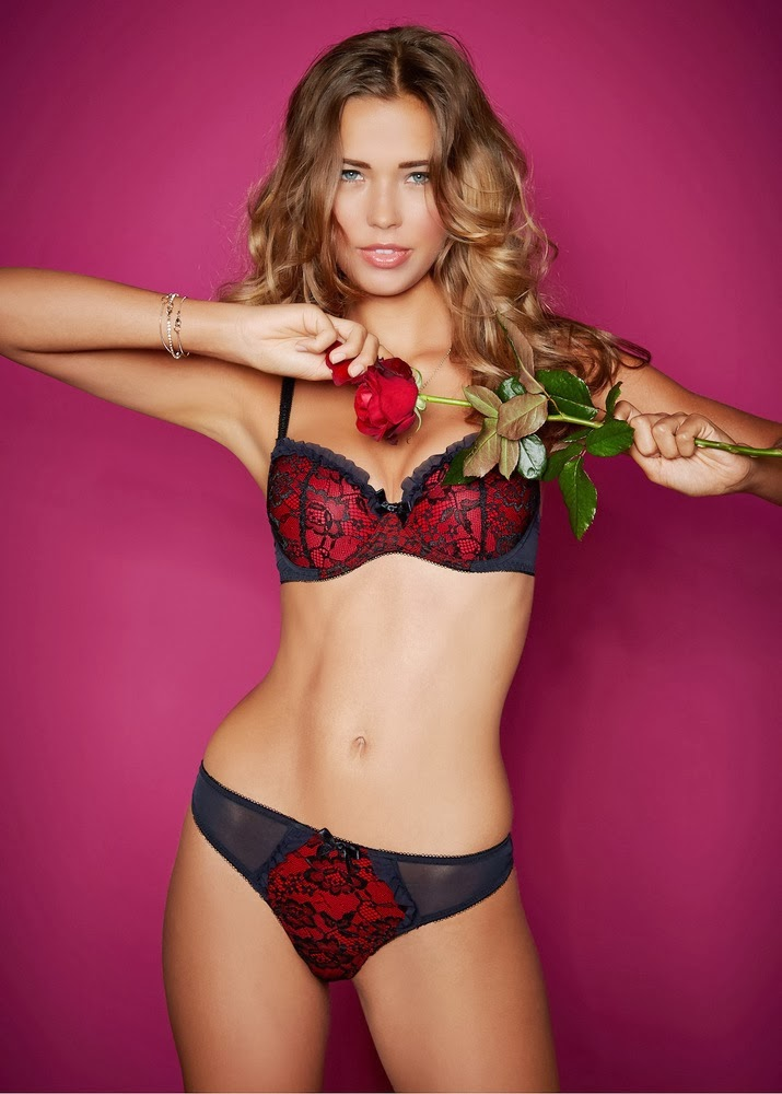 Lingerie Photoshoot : Sandra Kubicka Photoshot For Bon Prix Magazine 2014 Issue