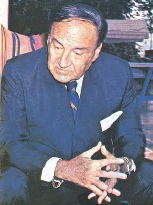 Víctor Raúl Haya de la Torre en la vejez
