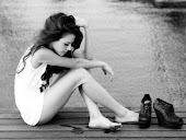Soledad, dime si algún día habrá entre tú y el amor buena amistad..