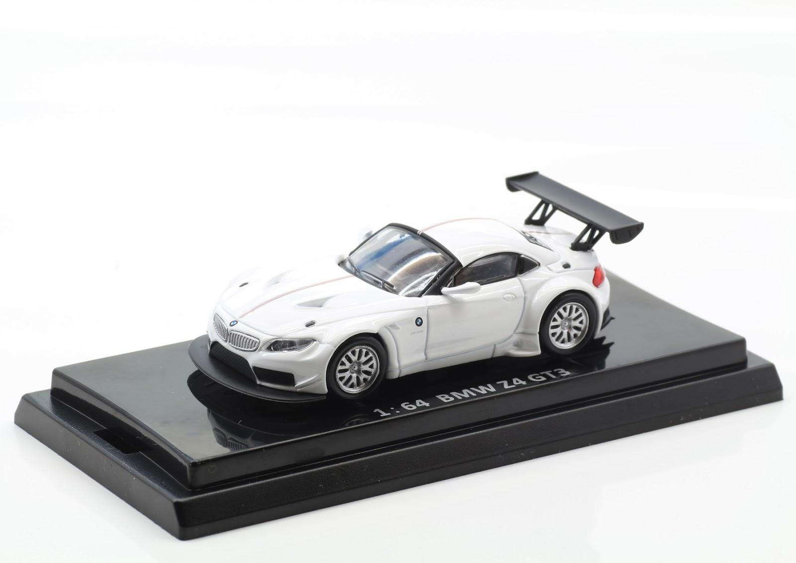 Incredible Mini Garage: BMW Z4 GT3 2010 Kyosho 1/64