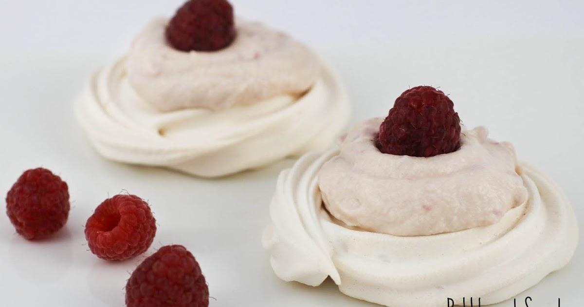 Bubble and Sweet: Raspberry Cream Meringues