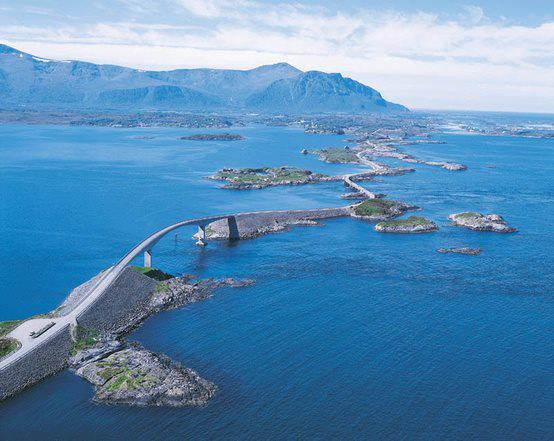 One Of The Most Amazing Road Trips In The World – Road to Nowhere