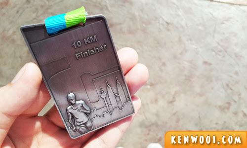 kl marathon 10km medal